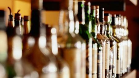 """Evropa kreće u borbu protiv alkohola: Prva """"žrtva"""" će biti boce!"""