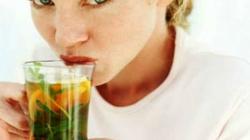 Recept za peršunovu vodu s nevjerovatnom moći u sagorijevanju kalorija!
