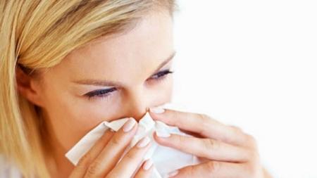 Imate začepljen nos i živcira vas? Ovo bi vam trebalo pomoći!
