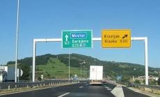 Stanje na putevima: Saobraćaj bez dužih zastoja, povoljni uvjeti za vožnju