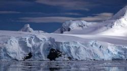 Topi se najveći glečer na Antarktiku