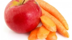 Sok od jabuke i mrkve namjenjen za djecu