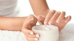 Ovo će vas oduševiti: Nevjerojatna i kreativna krema za ruke iz vaše kućne radionice!