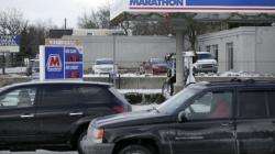 Pad cijena goriva pokrenuo Amerikance: Kupuju veće automobile i više voze, mogu i štedjeti