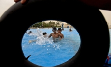 Drama na bazenu: Dječak (2) pobjegao od majke, pronađen kako pluta u vodi!