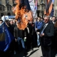 Skandal u centru Beograda: Šešelj zapalio hrvatsku zastavu: 'Ovo je moja poruka ustaškoj državi!'