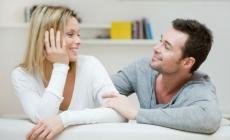 5 čudnih stvari koje rade svi parovi u dugoj vezi
