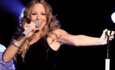 ONA JE MEGA POPULARNA: Ljubavnik otkrio šokantne istine o pjevačici!