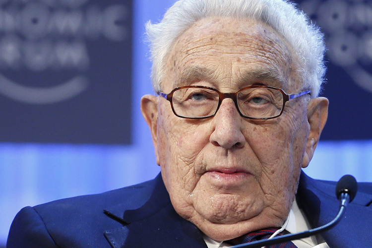Henry Kissinger, chairman of Kissinger Associates, attends the annual meeting of the World Economic Forum (WEF) in Davos January 24, 2013. REUTERS/Pascal Lauener (SWITZERLAND - Tags: POLITICS BUSINESS) - RTR3CVMM