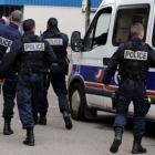 francuska u parizu pronadeno skladiste s oruzjem privedene dvije osobe