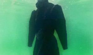 haljina u Mrtvom moru - PrintScreen