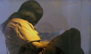 mumificirano tijelo djevojke - Screenshot