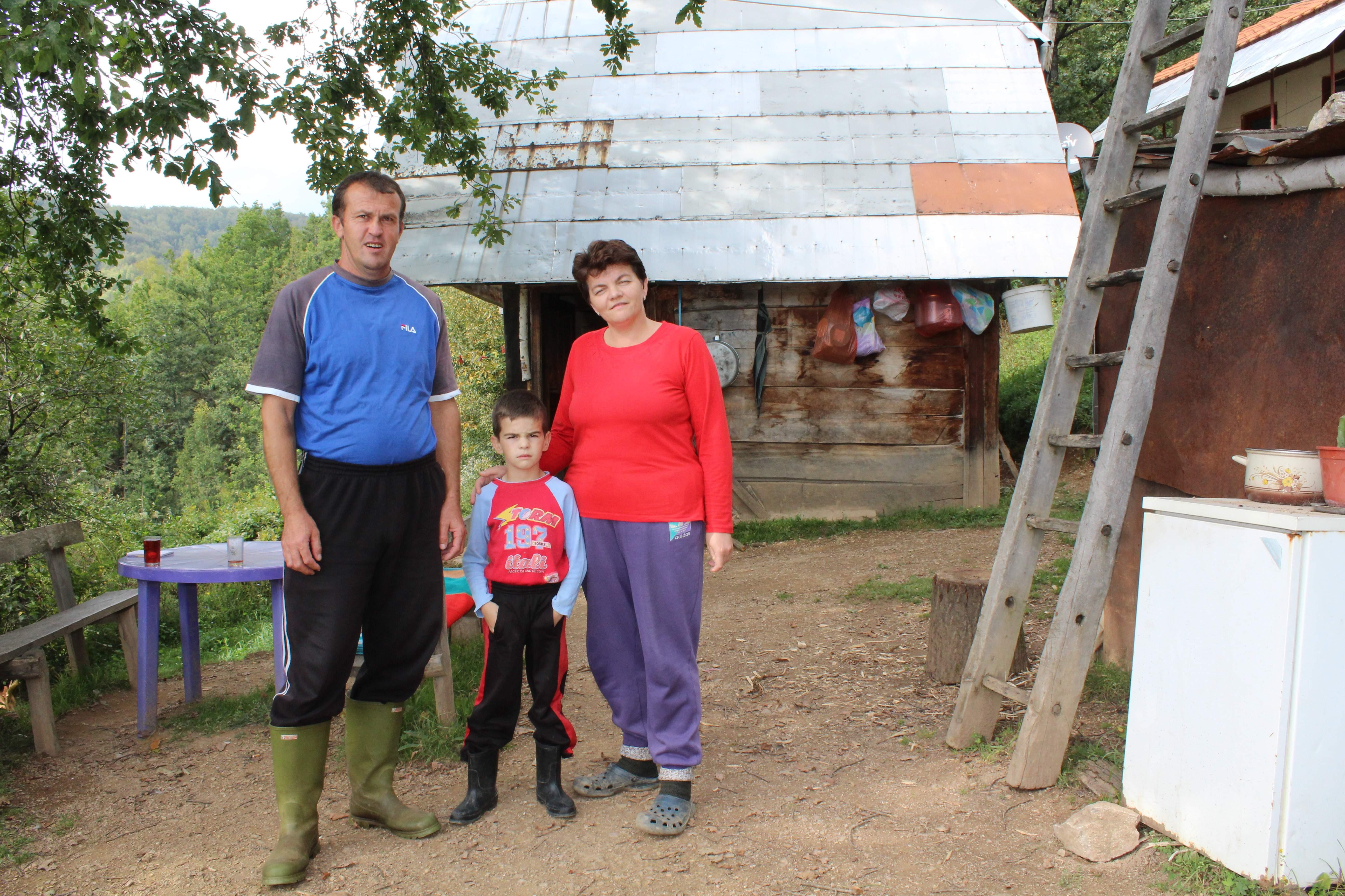 Eldin s roditeljima Zenidom i Adilom: Samo pusta obećanja