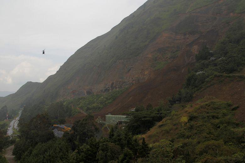 2016-10-26t205640z_265014719_s1aeujgjrkab_rtrmadp_3_colombia-mudslide