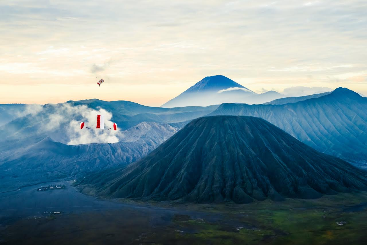 Dominic Roithmair and Marco Fuerst skydive with the Indonesian flag at Bromo National Park, East Java, Indonesia on March 2nd, 2015 // Sergey Shakuto/Red Bull Content Pool // P-20150504-00830 // Usage for editorial use only // Please go to www.redbullcontentpool.com for further information. //