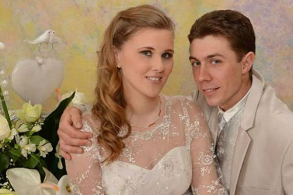 teska nesreca potresla srbiju mladi bracni par sletio s puta zena poginula muz tesko povrijeden
