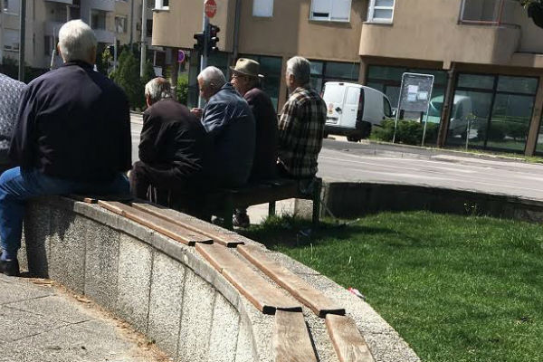 ns mostar urediti manje gradske parkove i otvoriti prostor za mlade i penzionere