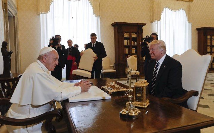 trump se sastao s papom franjom u vatikanu