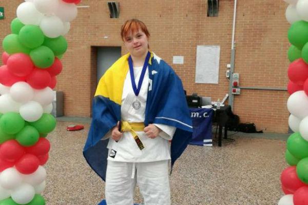 ponos bih azra dedic djevojka s down sindromom osvojila srebro u italiji