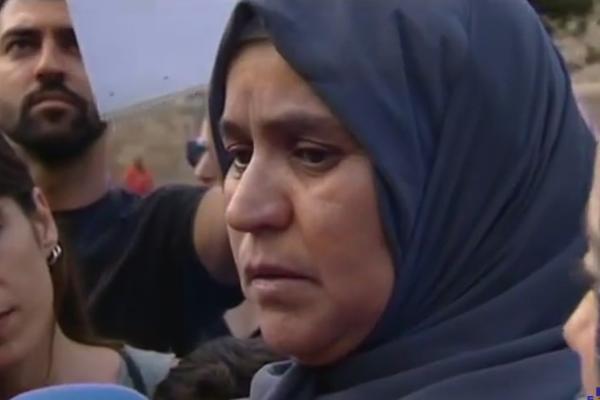 majka teroriste iz barcelone molim te predaj se bolje da budes zatvoren nego mrtav