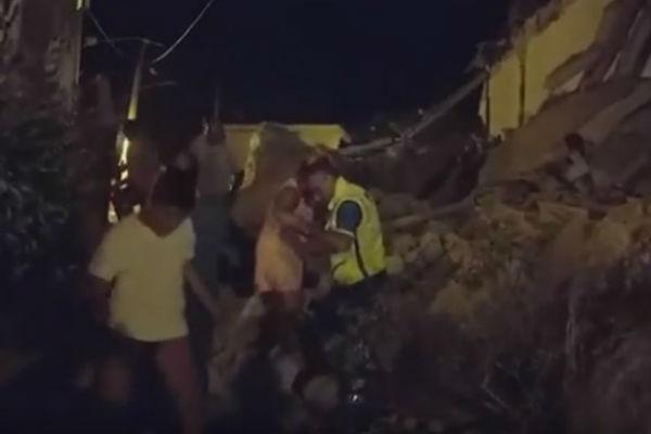 potres pogodio italijanski otok poginula zena turisti bjezali u panici