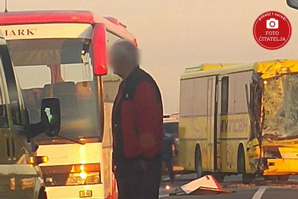 hrvatska sudar autobusa i automobila povrijedeno 13 osoba
