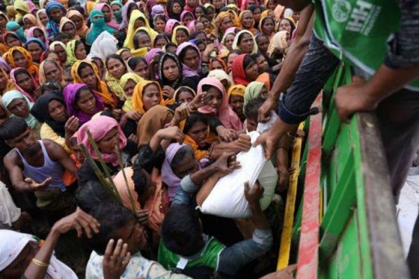mijanmar napadnut brod sa humanitarnom pomoci za rohingye