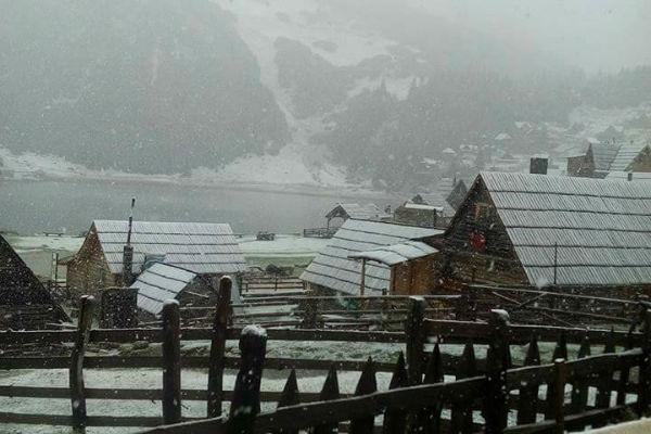 snijeg pada na bh planinama zabijelilo se i prokosko jezero