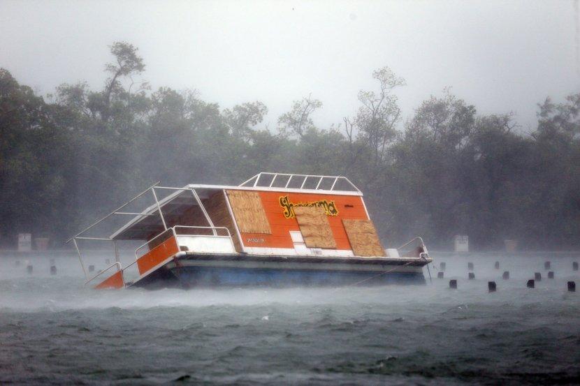 zbog uragana maria u prekidu sve veze s ostrvom guadelupe