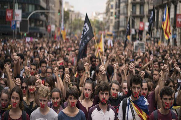 protesti u barseloni povodom hapsenja dvojice lidera