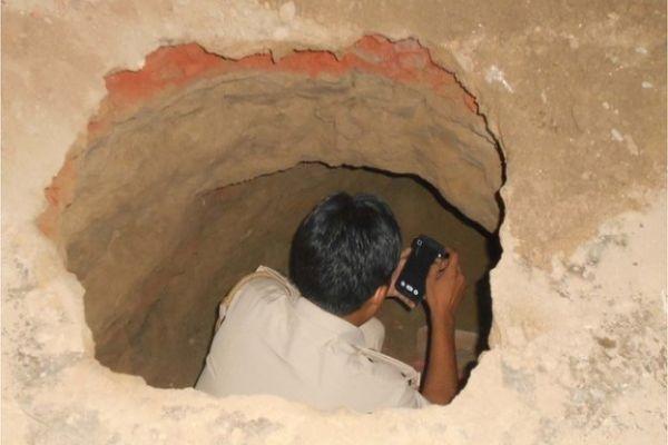 indija pljackasi iskopali tunel i iz banke ukrali 250 000 dolara