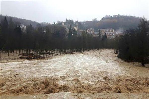 u poplavama u grckoj najmanje dvoje mrtvih