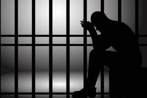 """""""Prijeti nam šuga"""": Zatvorski policajci pijani se ljuljaju, čekamo kad će se nas krenuti tući"""