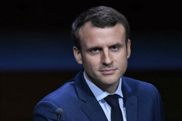 Pala vlada: Francuski premijer i svi ministri podnijeli ostavku