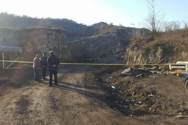 nastavlja se drama u jamskom kopu na raci spasioci zatekli mrtvo tijelo ali ne mogu da se probiju kroz tunel
