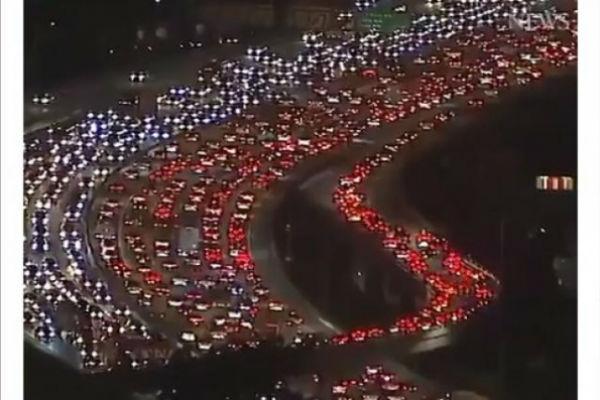 ako mislite da je u sarajevu saobracajna guzva pogledajte ovaj video