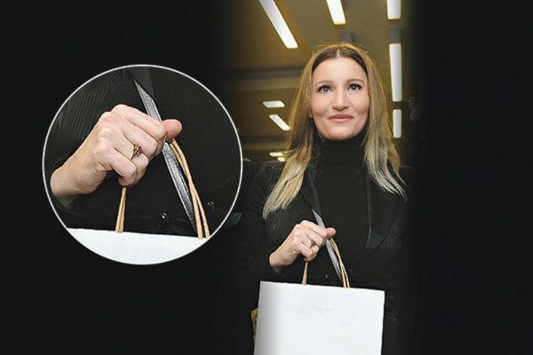 pjevacica pokazala vjerenicki prsten mira skoric se udaje za bogatog nijemca