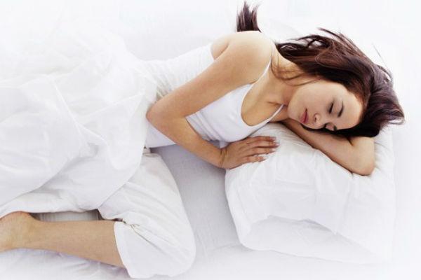 doktori upozoravaju evo zasto nikada ne biste trebali spavati da desnoj strani