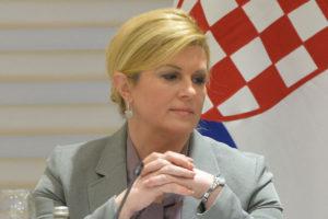 Grabar-Kitarović: Od vlade tražim hitno izjašnjavanje o gašenju mostarskog Aluminija