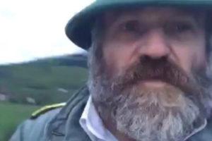 Policajci napali muškarca u Ustikolini, on javno poručio da će ih ubiti