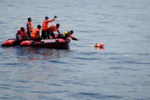 Potonuo brod, poginulo najmanje 30 ljudi