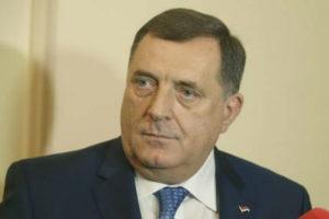 Milorad Dodik sa 200 KM počastio radnike tunela Vranduk