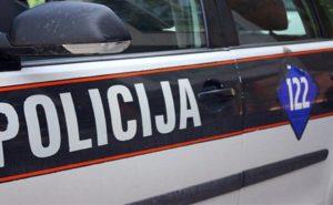 Blokirani izlazi iz Goražda: BMW-om udario policajca koji je pokušao da ga zaustavi i pobjegao