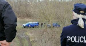 Ronioci u rijeci Savi kod Orašja pronašli vozilo sa tijelom jedne osobe