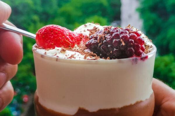 mus e1592814451528 - Čokoladni mus od 3 sastojka: Ljepša, a lakša poslastica ne postoji!