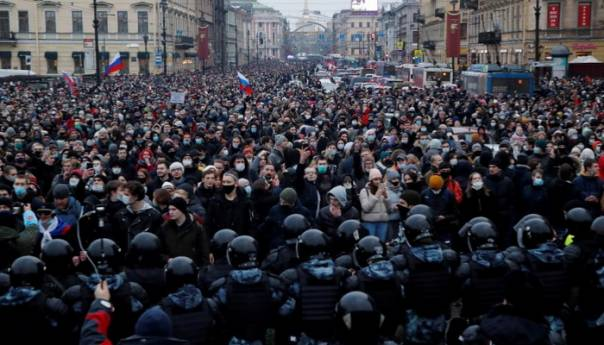 Protesti u znak podrške Navalnom širom Rusije