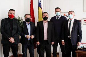 SDP, Naša stranka i NiP predstavili zajedničkog kandidata za načelnika Travnika