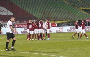 Fudbaleri Sarajeva otputovali u Ljubuški, tu će boraviti do sutrašnjeg derbija