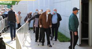 """Velika zainteresovanost Banjalučana za vakcinaciju: """"Želimo nastaviti život bez straha"""""""