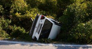 """U teškom sudaru poginuo vozač """"Golfa"""", dvije osobe povrijeđene, u automobilu bilo i dijete"""